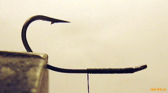 Как сделать мини-блесну с анти-зацепом из старой вертушки