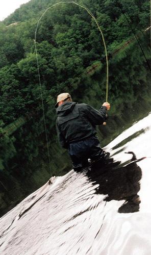Грань между любовью к рыбалке и одержимостью на ней.