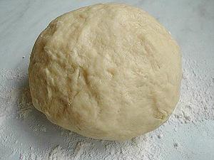 Простые насадки с вашей кухни: хлебный мякиш, манка, промытое тесто и пшеница.