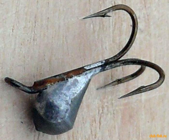 Чертики с жестко закрепленным крючком