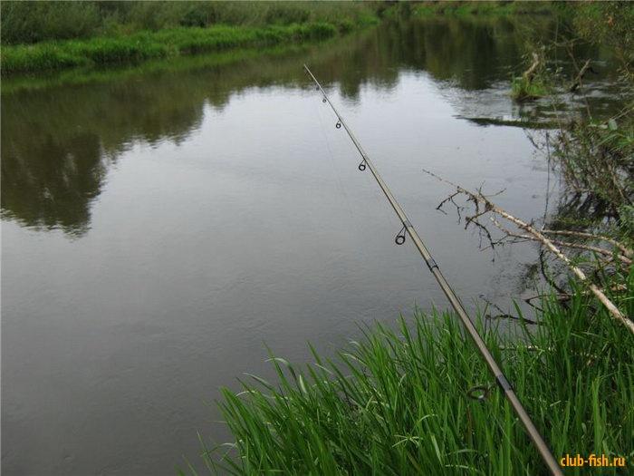 Удилище и река