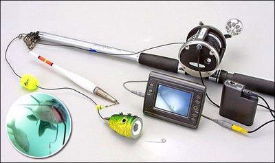 FishCam – это крошечная камера для подводной съемки с мониторчиком