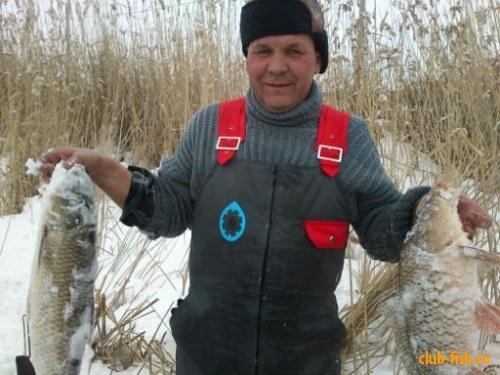 Зимняя охота на рыбу :D