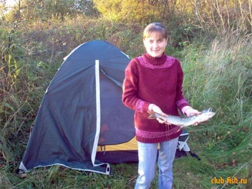 Второй раз на рыбалке и первая щука !